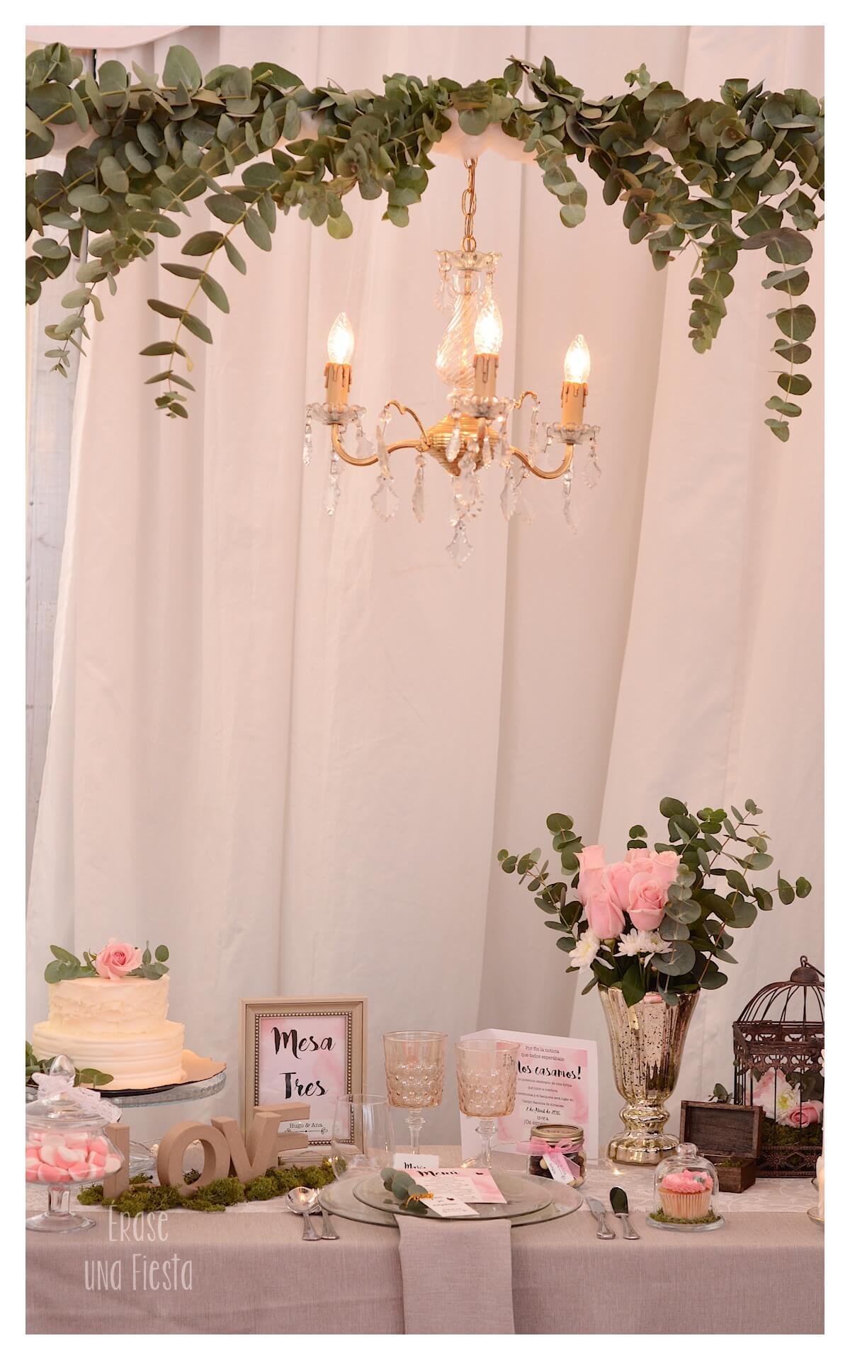 stand feria boda en rosa por Erase una Fiesta Eventos